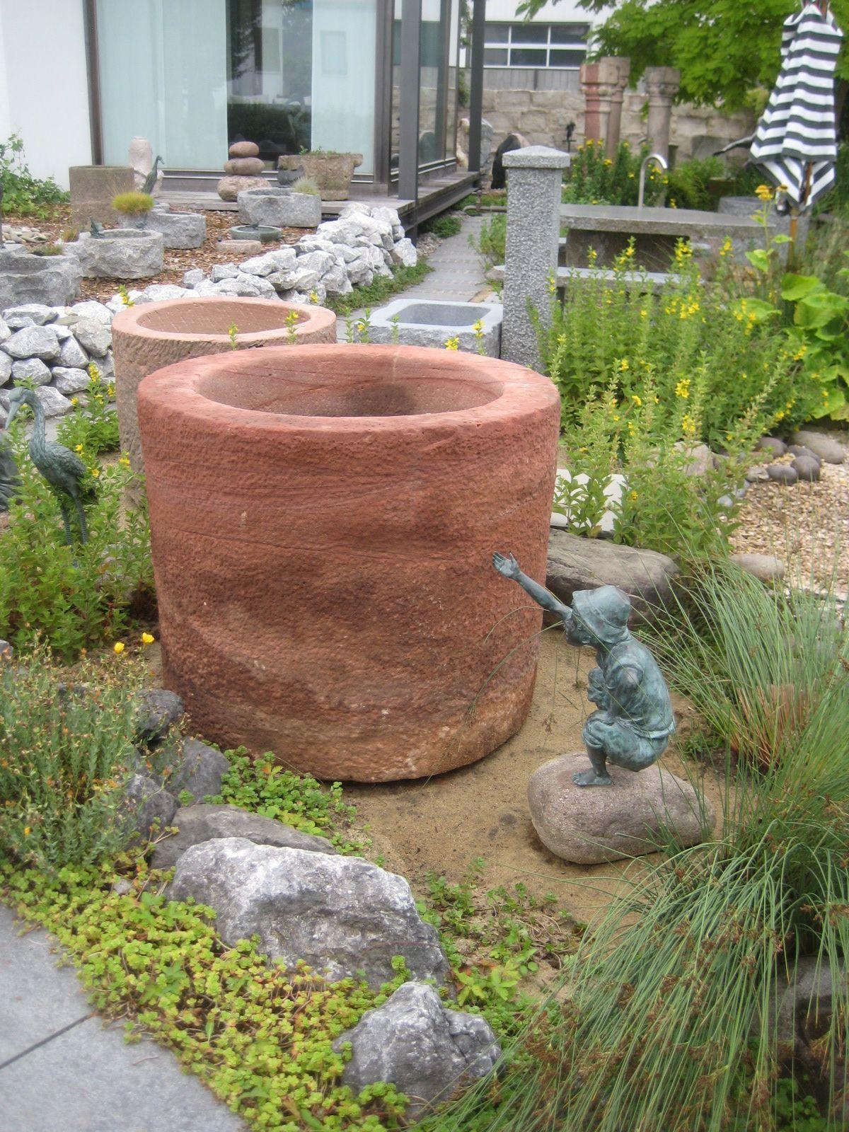Gartenbrunnen Sandstein Brunnencenter Allgau Gartenbrunnen Steinbrunnen Sandstein