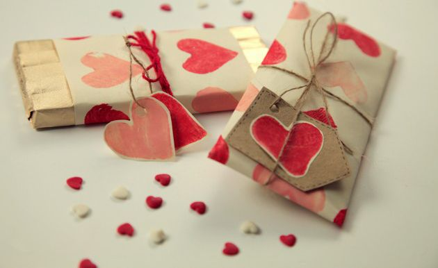 Homemade Valentine Gifts Wrapping Ideas Paper Heart Stamps Listed In