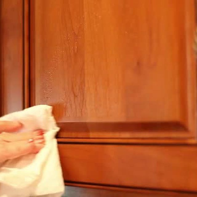 How To Remove Grease From Kitchen Cabinets: How To Remove Greasy Film From Kitchen Cabinets