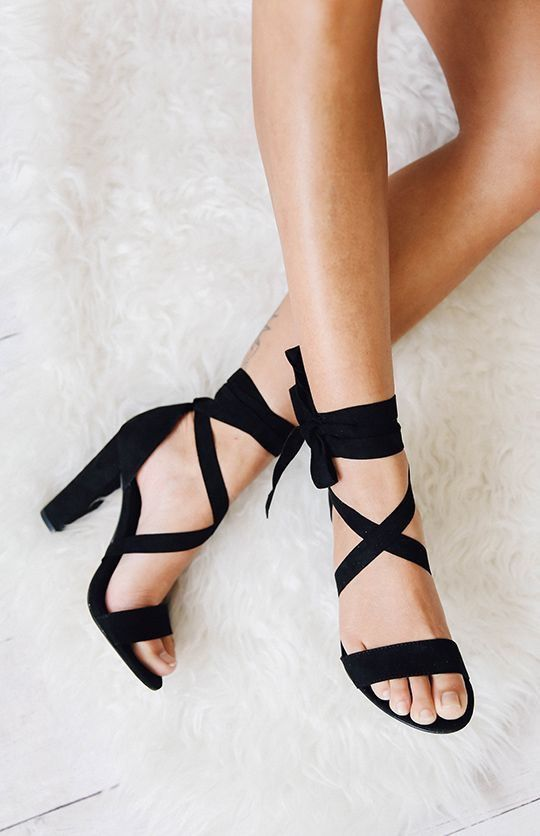 Pin By Sssnakesss On Clothes With Images Buty Na Studniowke Buty Na Obcasie Czarne Szpilki