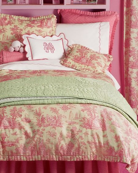 Superbe Pink And Green Toile Bedding #CroscillSocial