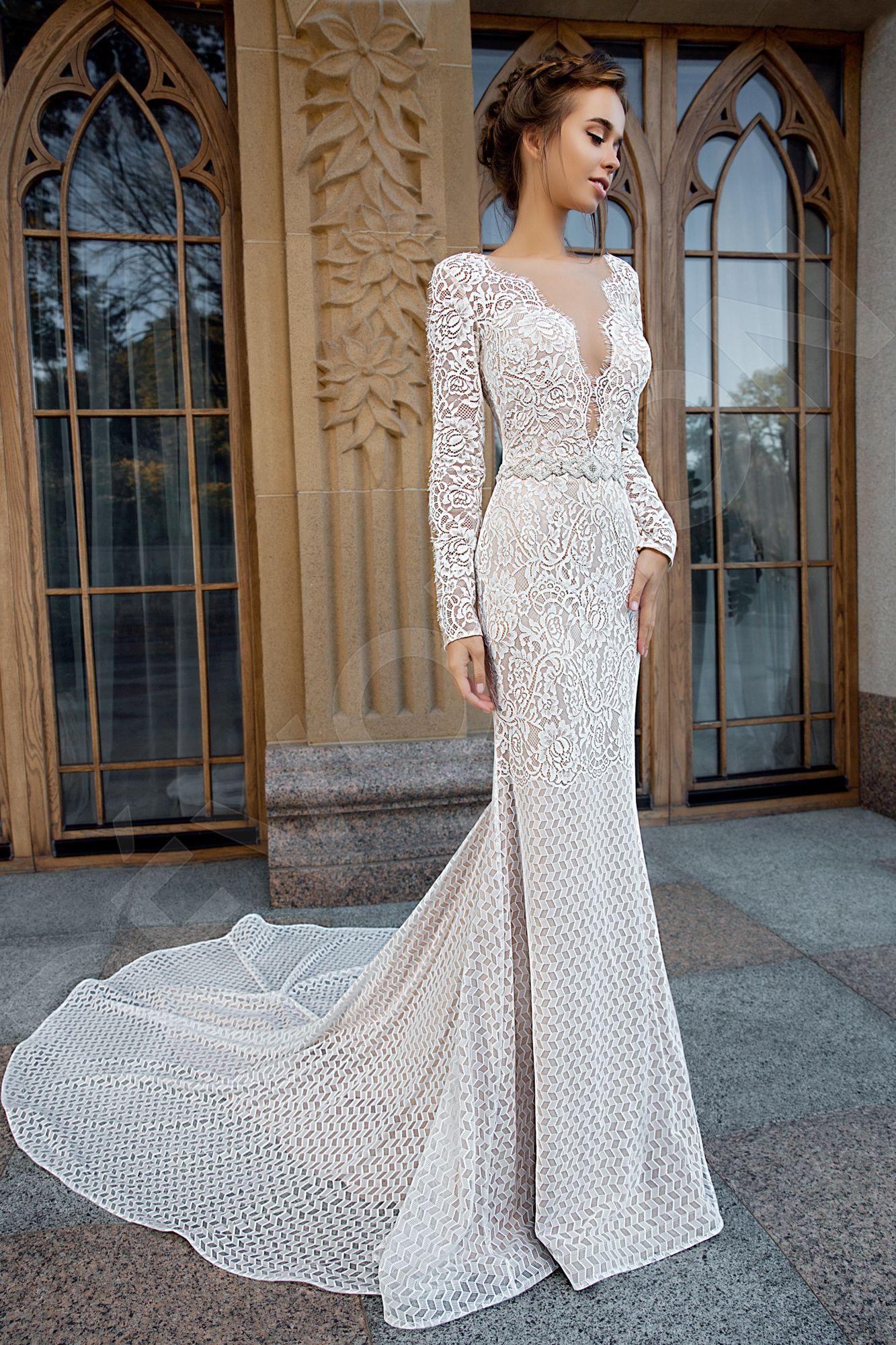 Akela Elegant Lace Spanish Wedding dress Ivory