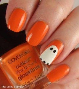 Cover Girl im Dunkeln leuchten Ghost Nail Art   – nails