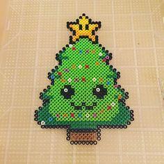 Le roi des forêts en perles Hama : spécial sapin de Noël - Modèles Hama #sapinnoel2019