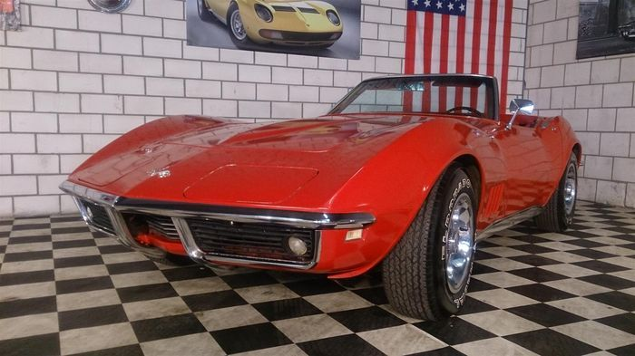 Catawiki online auction house: Chevrolet Corvette C3 Stingray Convertible - 1968