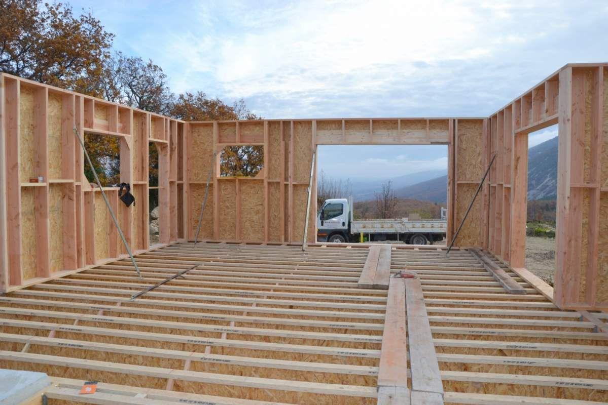 Fabricant de maison ossature bois saint saturnin les apt house natural building carpentry for Fabricant maison bois