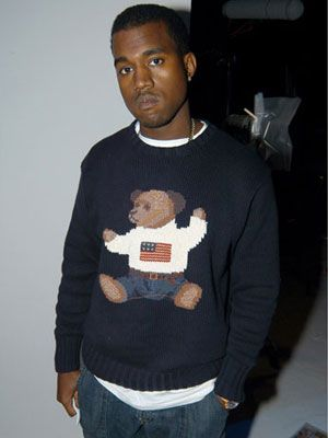 Young Casually Dressed Quirky Average Doesn T Make A Star Impression Kanye West Style Kanye West Outfits Kanye West