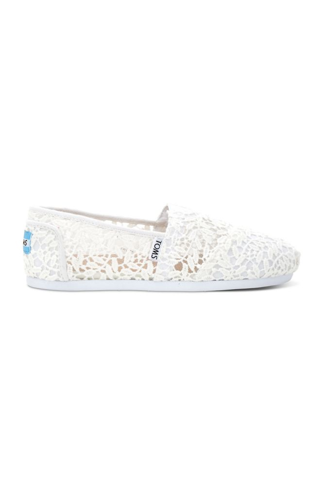 a891ff3192e TOMS Lace Leaves Classic Slip-On Shoes Style 10008033