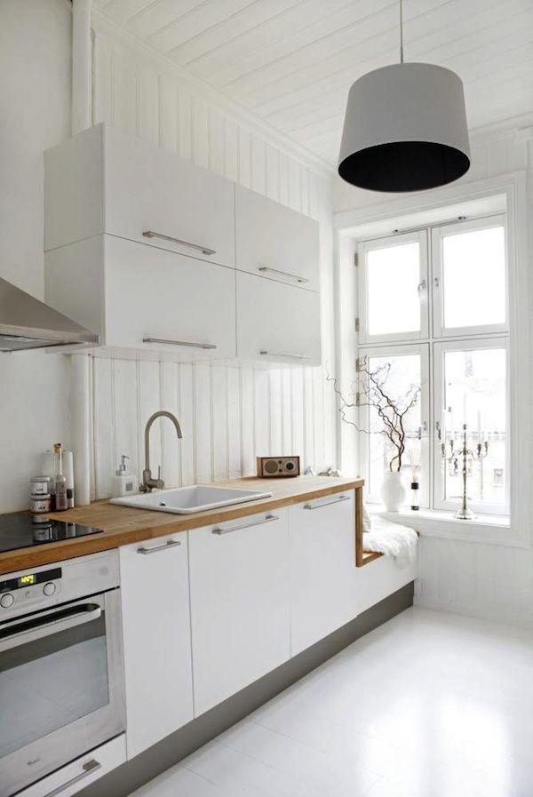 Wonderbaarlijk rustic white kitchen B L O O D A N D C H A M P A G N E . C O M QI-12