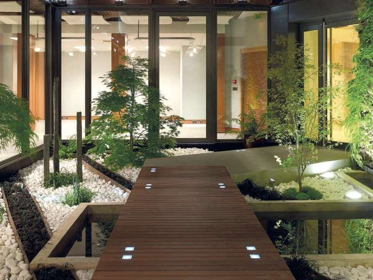 Idee per illuminare il giardino in estate idee per illuminare il