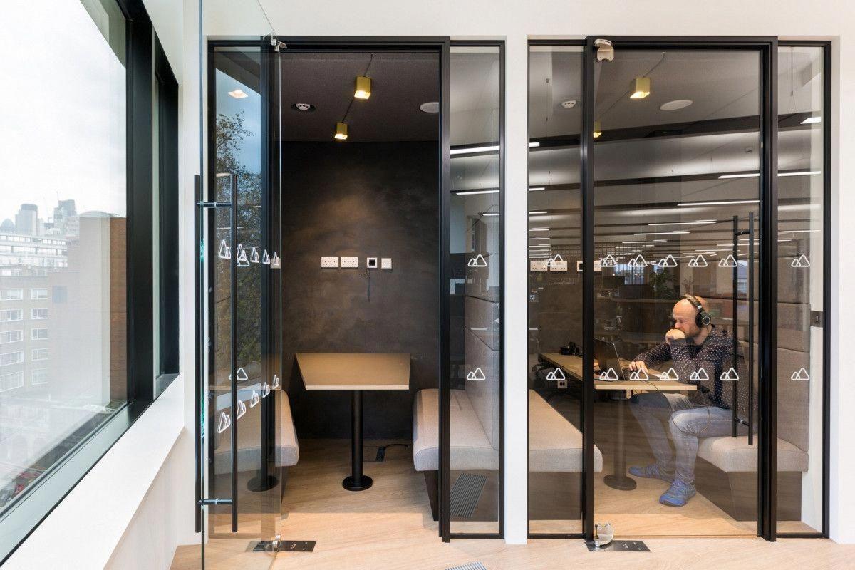 Peakon offices london interiordesignsoftware office lounge meeting interior design also rh pinterest