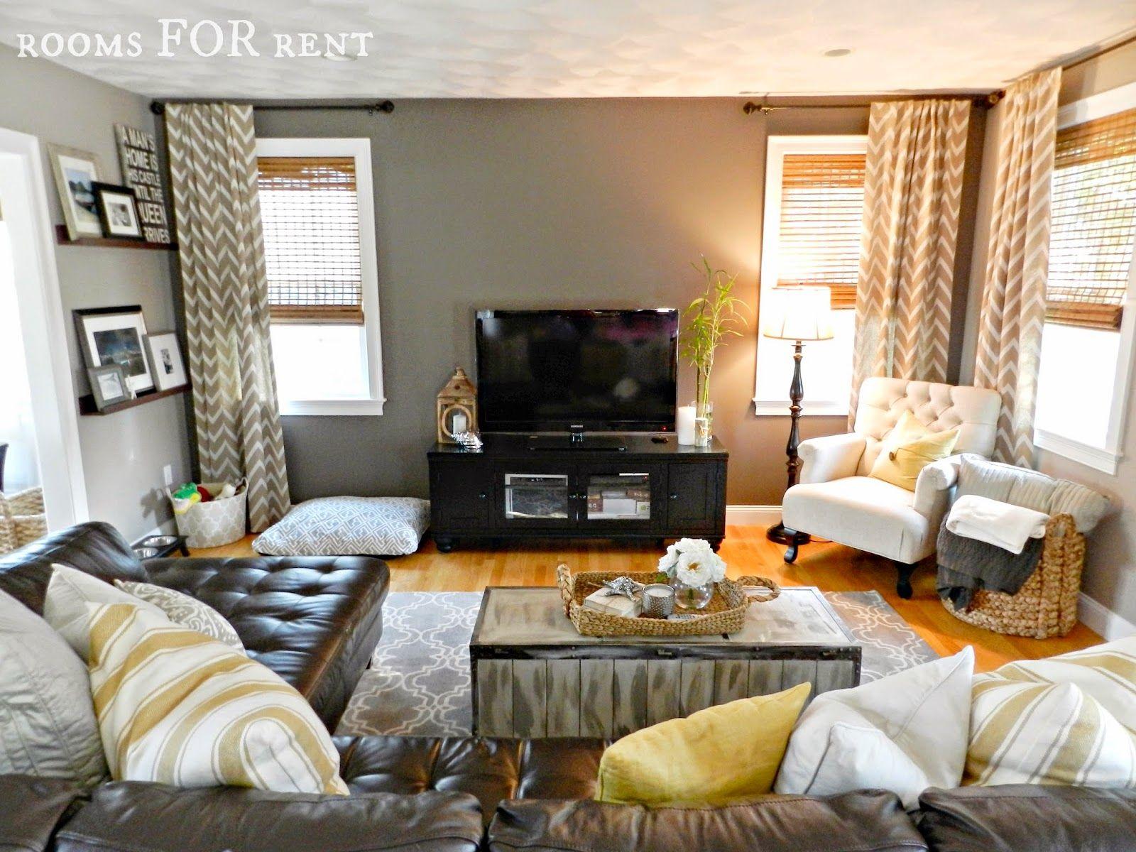 How to style a dark leather sofa den makeover for Decoracion hogar nou centre