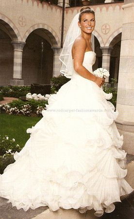 Faith Hill Wedding Dress Version Of Coleens Style Weddingo