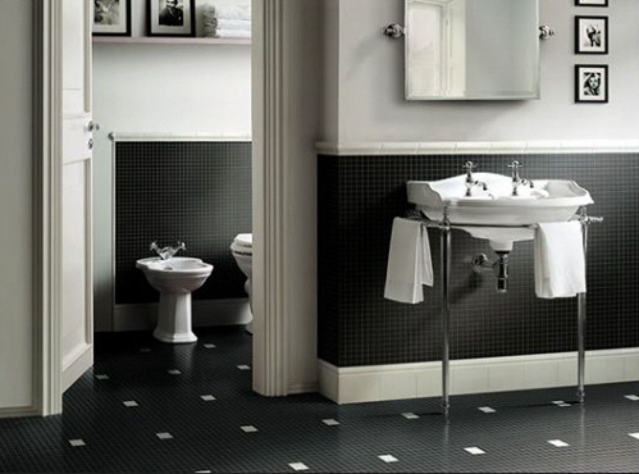 Black and white bathroom wall tiles - Bathroom