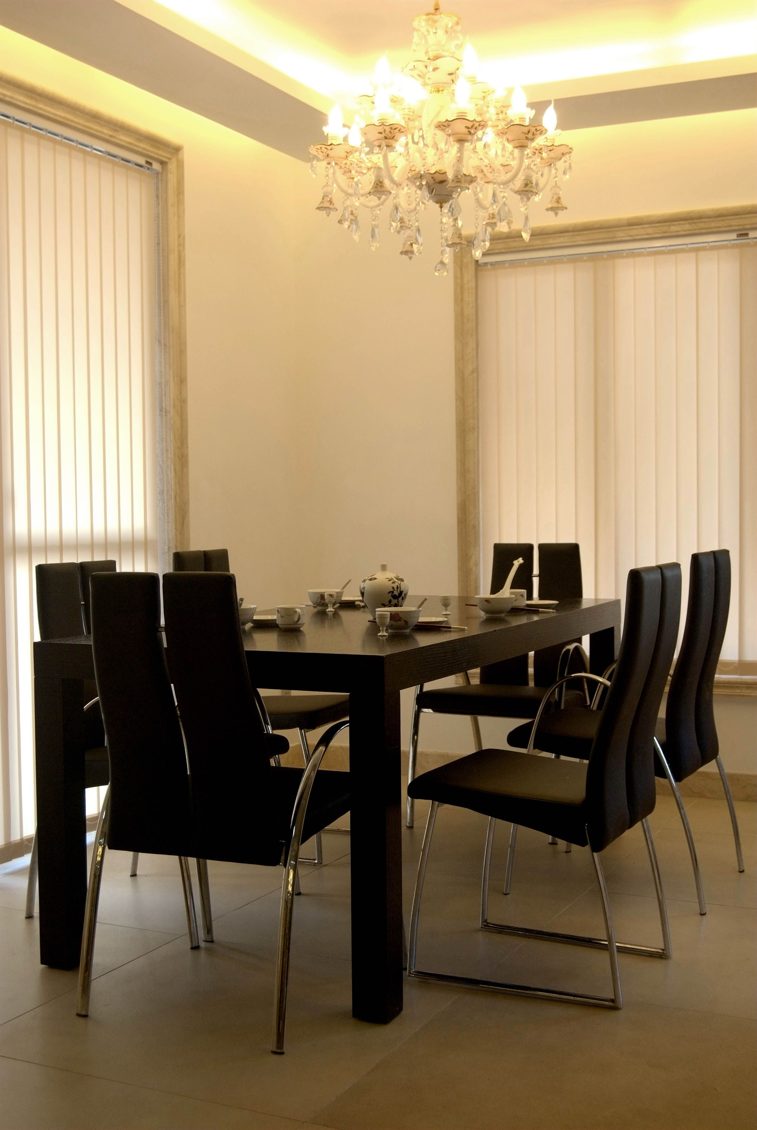 Between restaurant and living room usually adopts a variety of ...