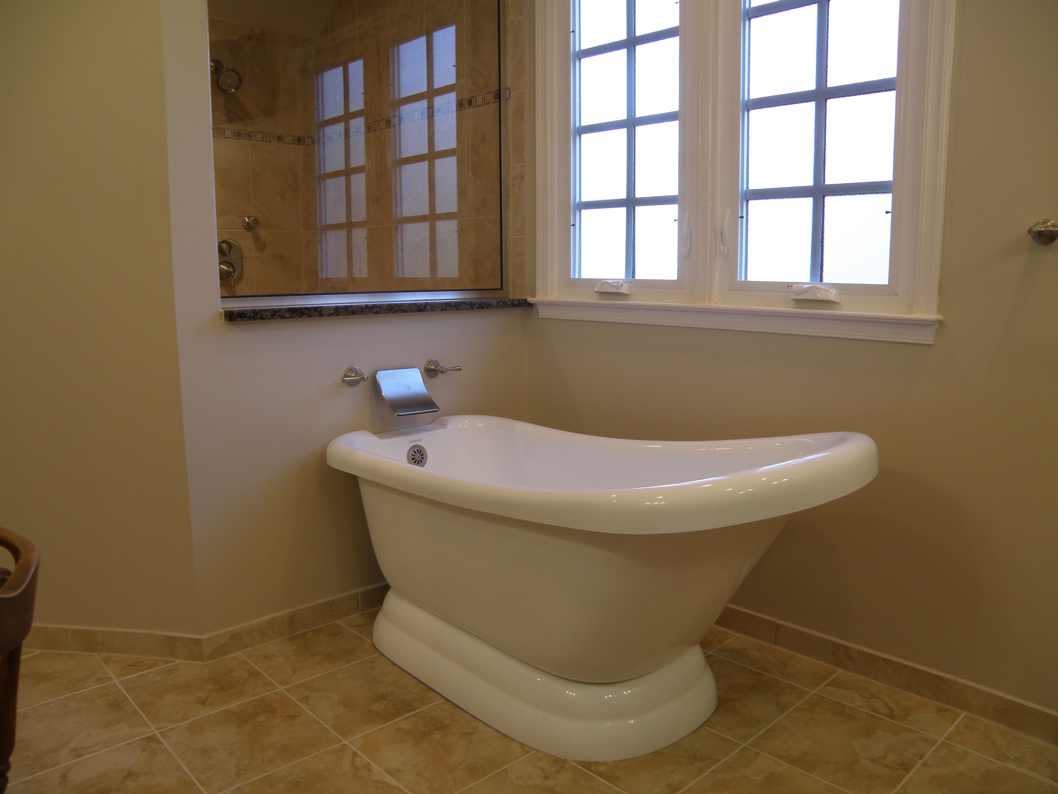 free standing tubs   Free-standing tub - don\'t like the waterfall ...