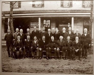 This Photo From April 1899 Shows The First Nau County Supreme Court Grand Jury Embled Before Allen S Hotel Aka Mineola On Front Street
