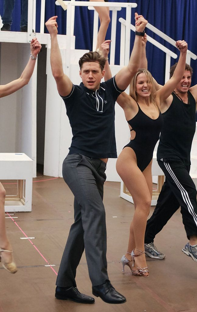 The gorgeous Aaron Tveit in a rehearsal of Catch Me if You Can :) Hahahaha, I love this pic! Aww yeah, work it!
