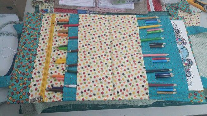 Bolsa livro colorir
