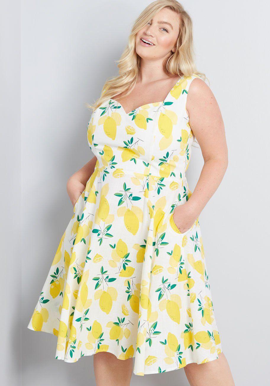 Collectif Ever Present Zest Cotton Dress White Vert Modcloth Plus Size Summer Dresses Plus Size Outfits Plus Size Dresses [ 1304 x 913 Pixel ]