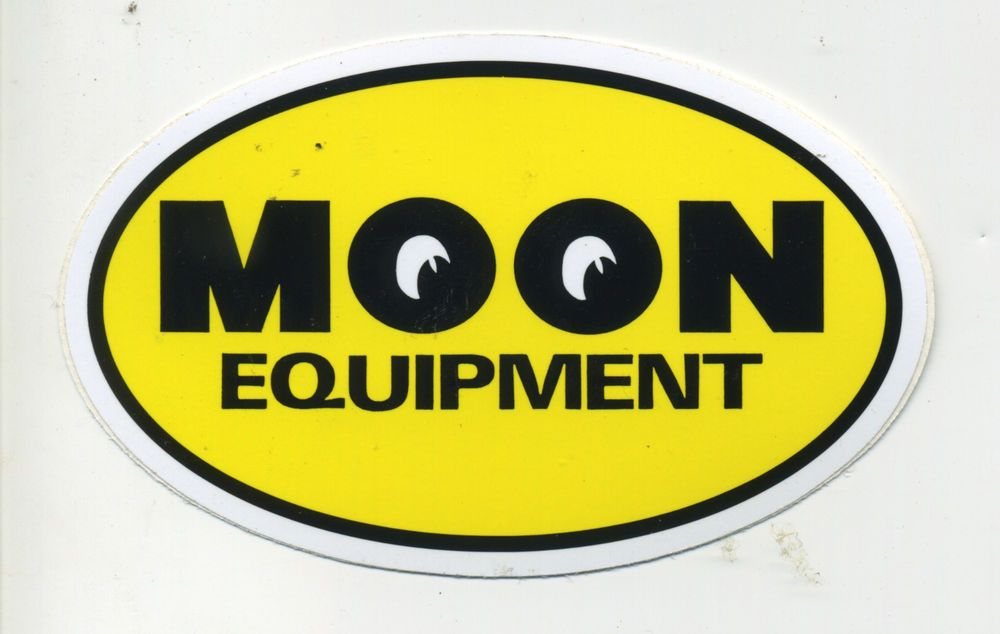 Moon Eyes Moon Equipment Sticker Decal Hot Rod Drag Race Old Stock Bonneville Racing Stickers Vintage Hot Rod Car Signs