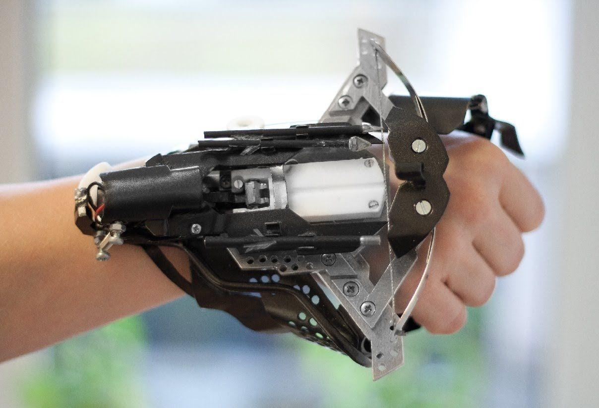 homemade wrist crossbow gauntlet that is pretty cool - Cool Homemade Stuff