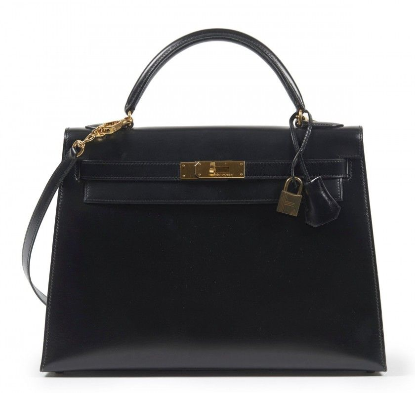 437457f74084 HERMÈS 1990 Sac KELLY 32 cm Box noir Garniture métal plaqué or Bandoulière  32 cm KELLY bag Black box calfskin le.