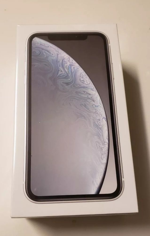 New Sealed Apple iPhone XR 64GB White (Metro Pcs By T
