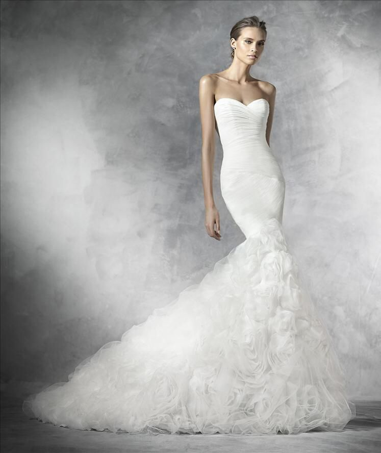 Plena  Stunning Preview Pronovias 2016 collection a available at The Bouique www.theboutiqueuk.com