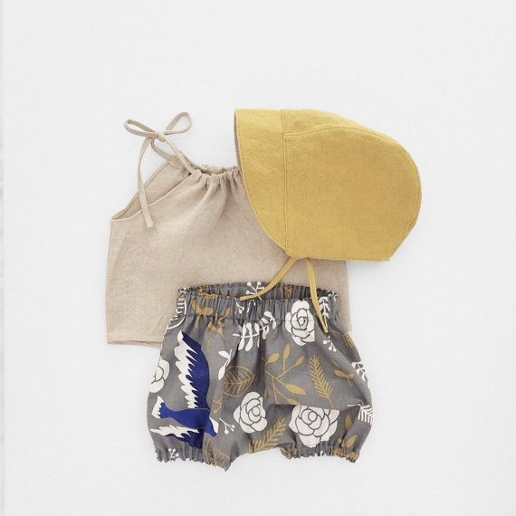 Baby Girl Outfit, Summer Photo Prop, Linen Bonnet + Linen Top + Blue ...