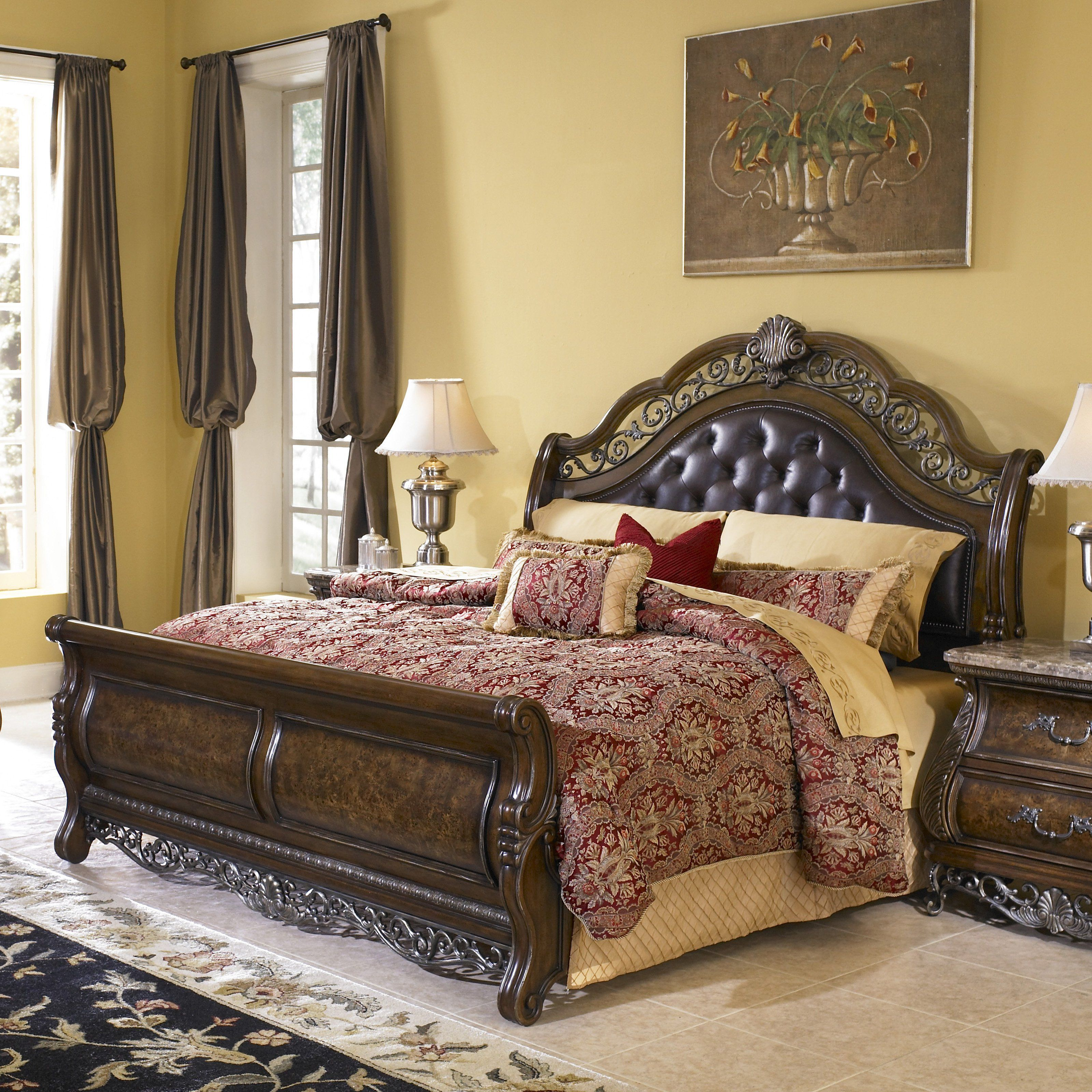 Pulaski Birkhaven Sleigh Bed HOMM881 Bedroom set