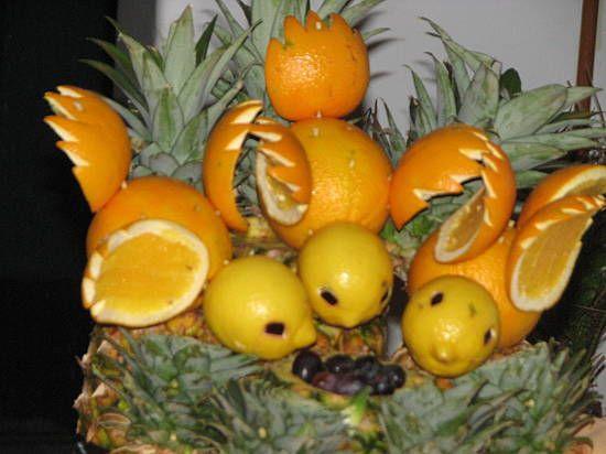Vegetable display art caribbean princess cruise for Beautiful vegetables