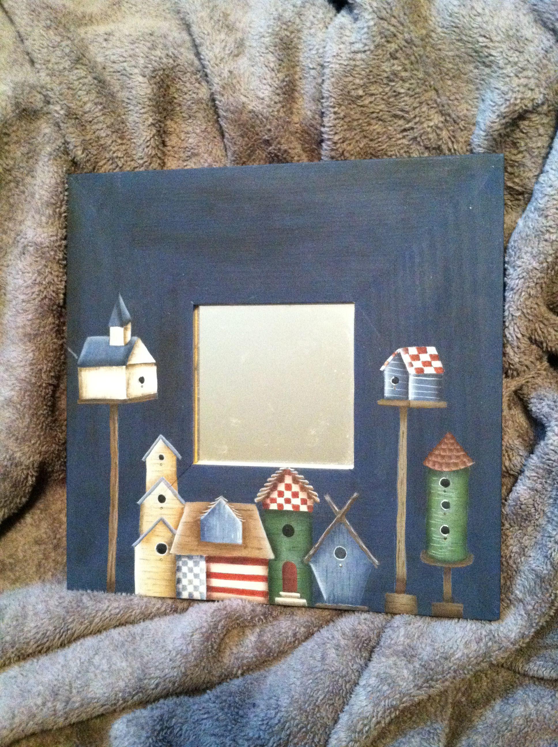Birdhouses on ikea mirror my painted projects for Espejo hexagonal ikea