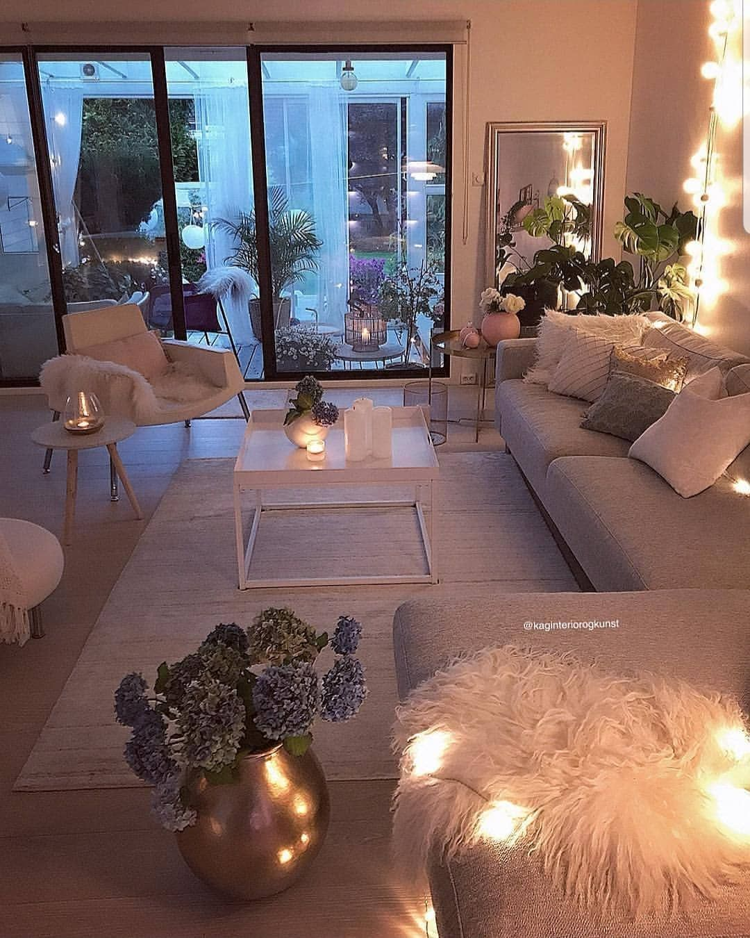 1 854 Mentions J Aime 6 Commentaires 𝗛𝗢𝗠𝗘 𝗗𝗘𝗦𝗜𝗚𝗡 Home Design68 Sur Instagram Déco Salon Cocooning Deco Maison Design Décoration Salon Cocooning