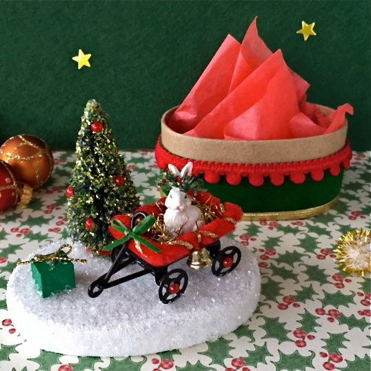 Old Fashioned Christmas Decoration Paper Mache Box Bunny Wagon For