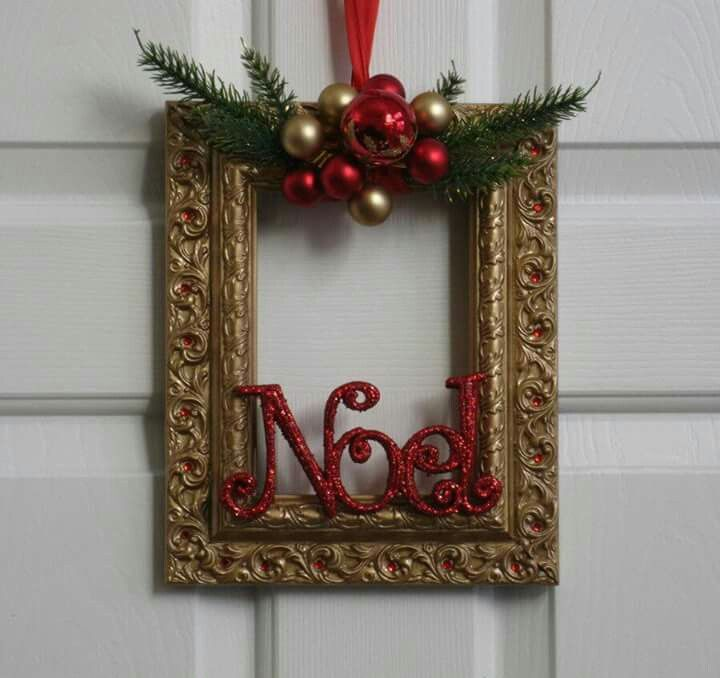 Christmas Decorations Using Photo Frames