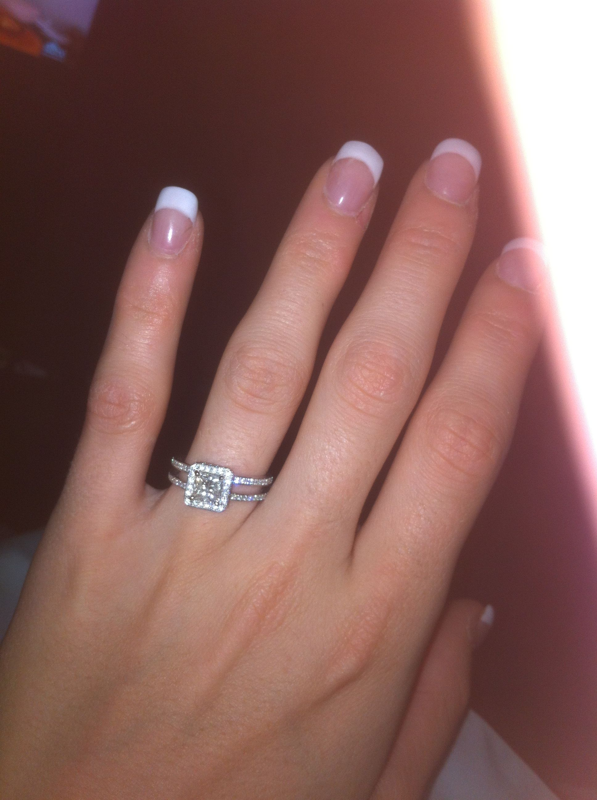 I love love love my Halo Double band engagement ring!!!!! My fiancé ...