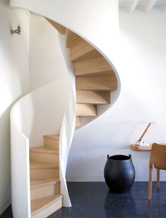 Escalera caracol madera02 escadas de caracol pinterest for Como hacer una escalera en caracol