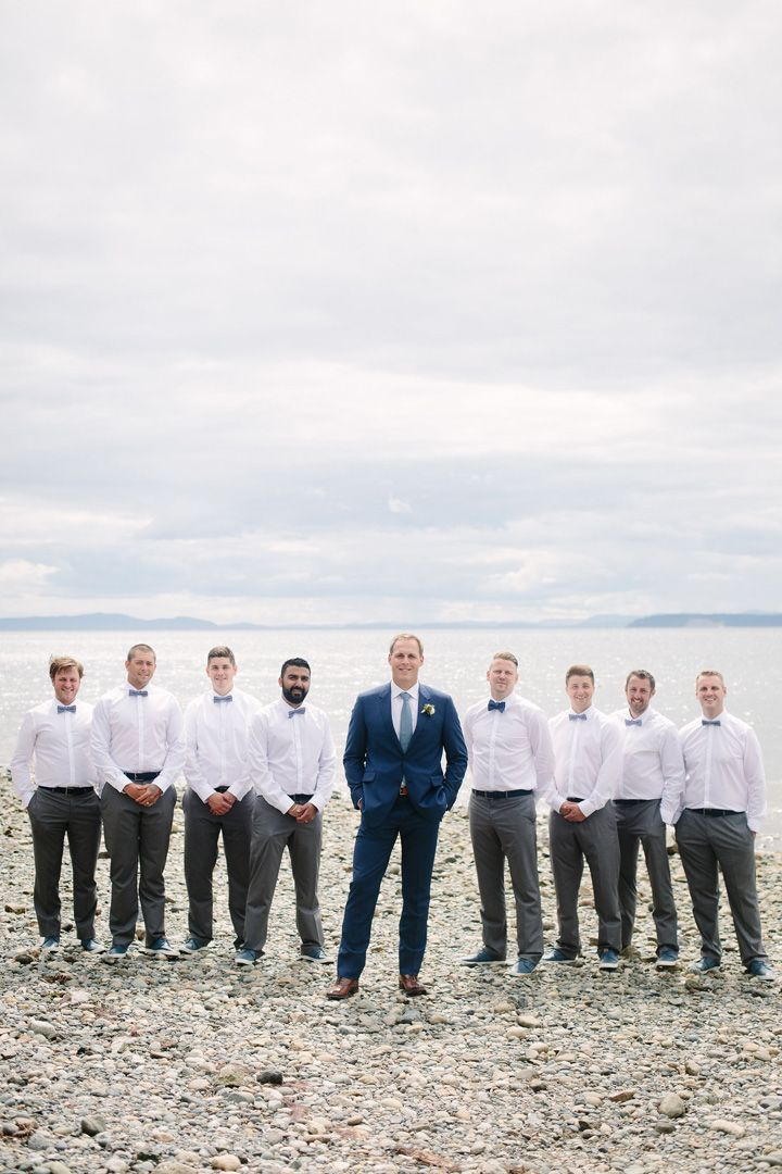 Groom and groomsmen | fabmood.com #wedding #groomsmen