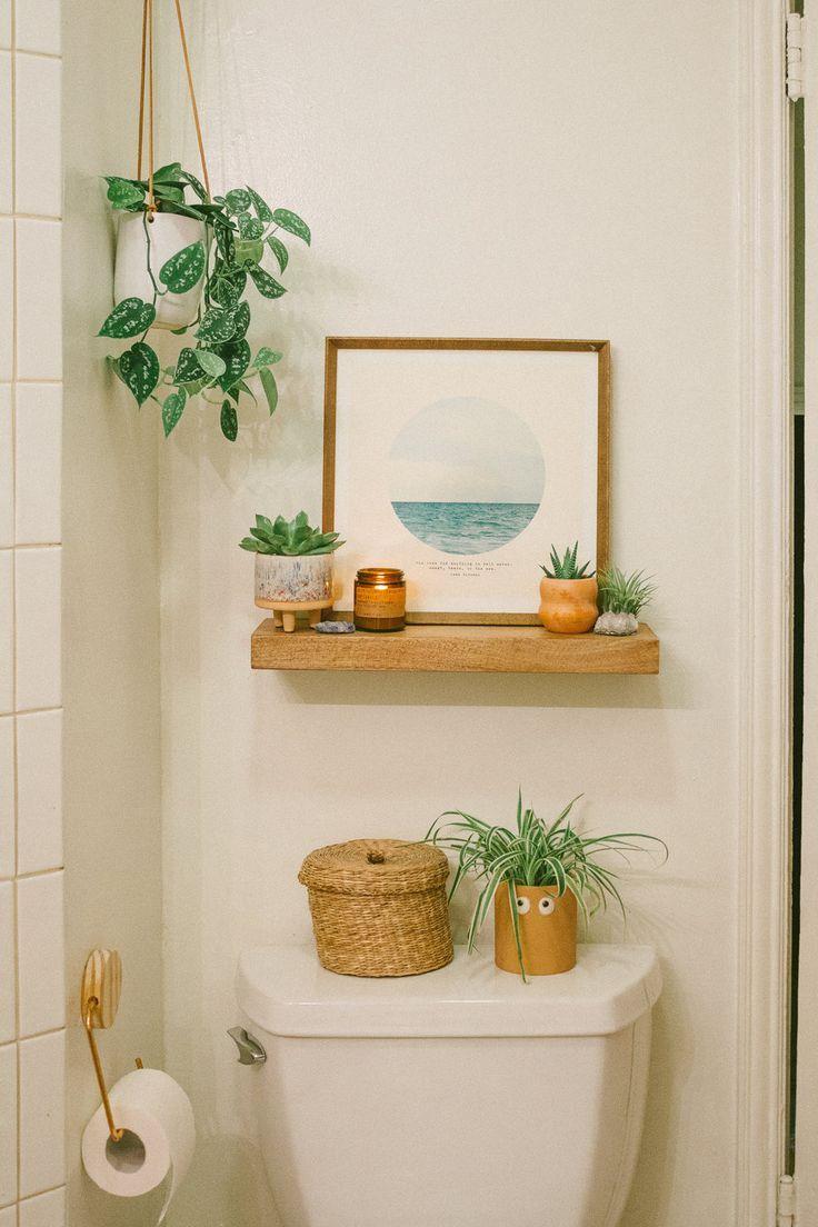 Badezimmer enthüllen: Vorher und Nachher – Schwarz & Blüten – Dekorationsstile