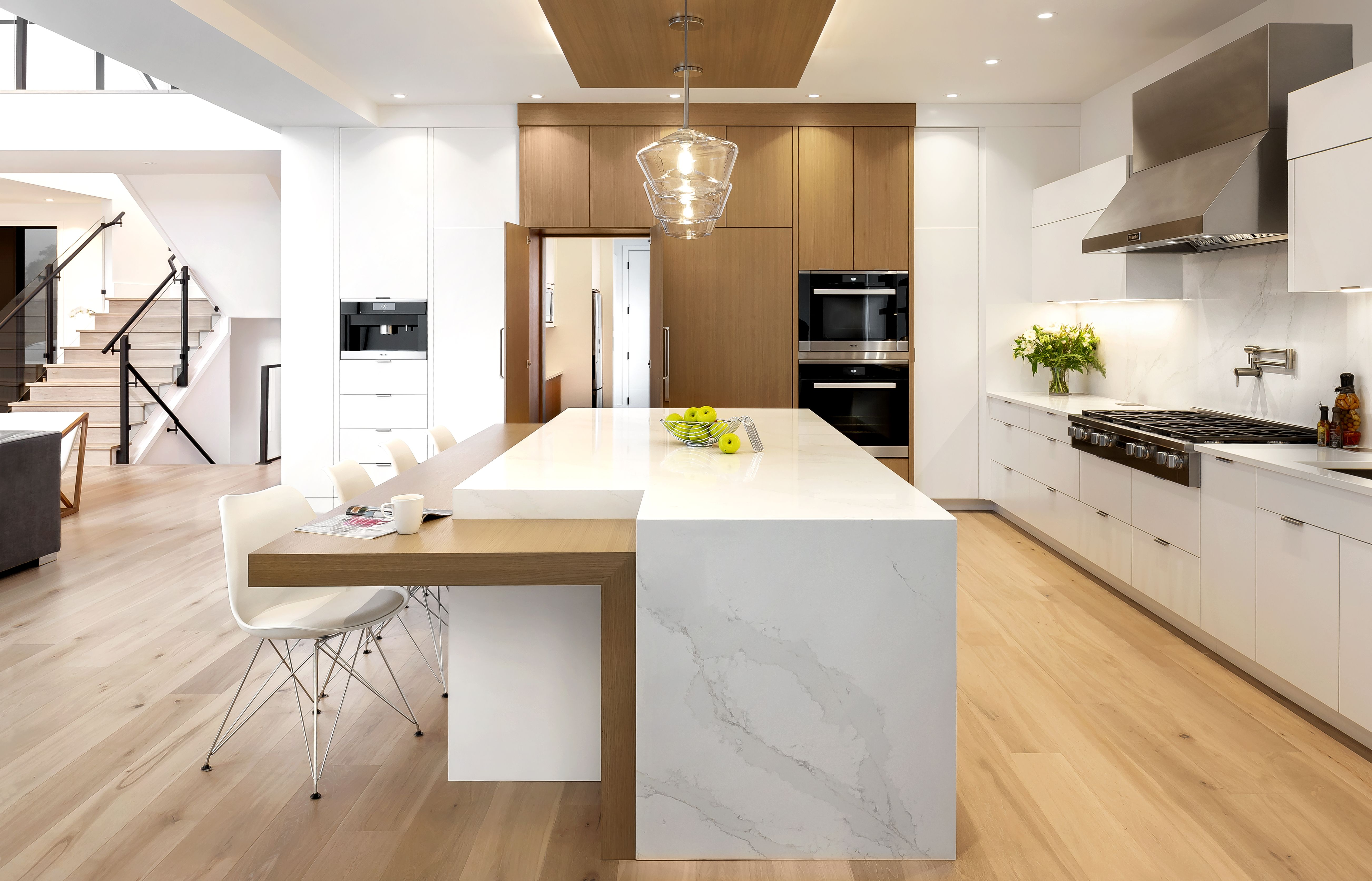 Home South Shore Cabinetry In 2020 White Kitchen Makeover Custom Kitchens Custom Kitchen