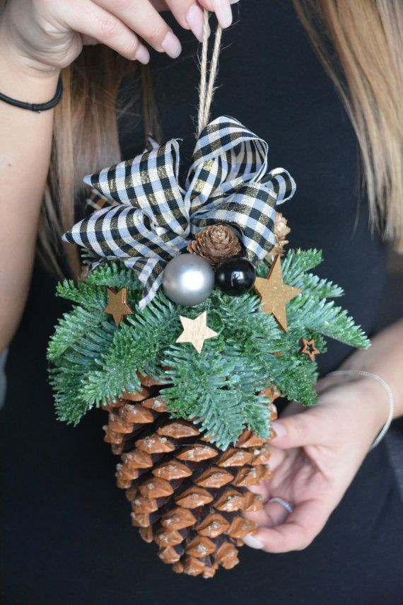 Pinos cono navidad abeto fresco adorno pino por - Adorno navideno con pinas ...