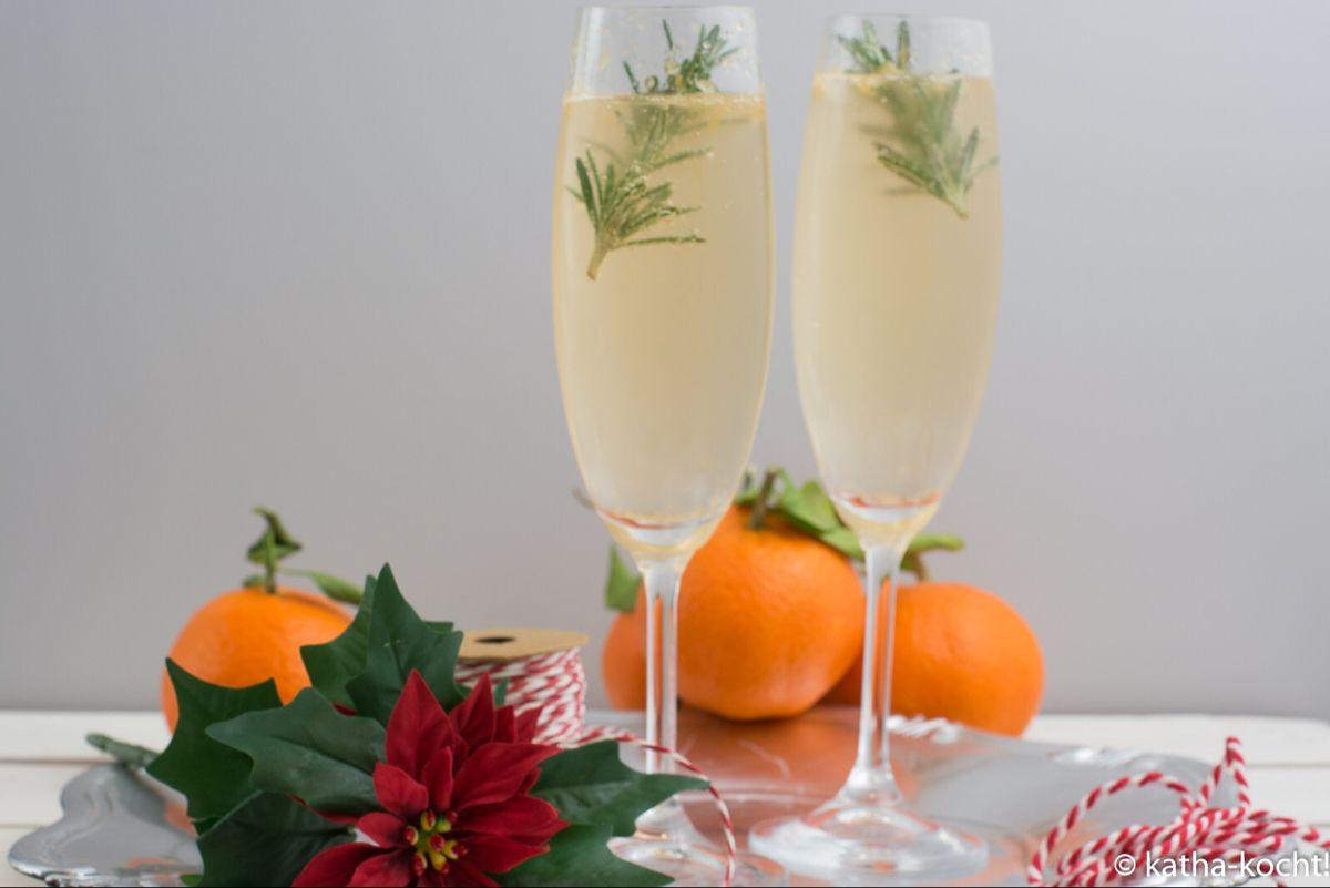 Winterlicher Mandarinen-Gin Tonic mit Rosmarin - Katha-kocht! #gincocktailrecipes