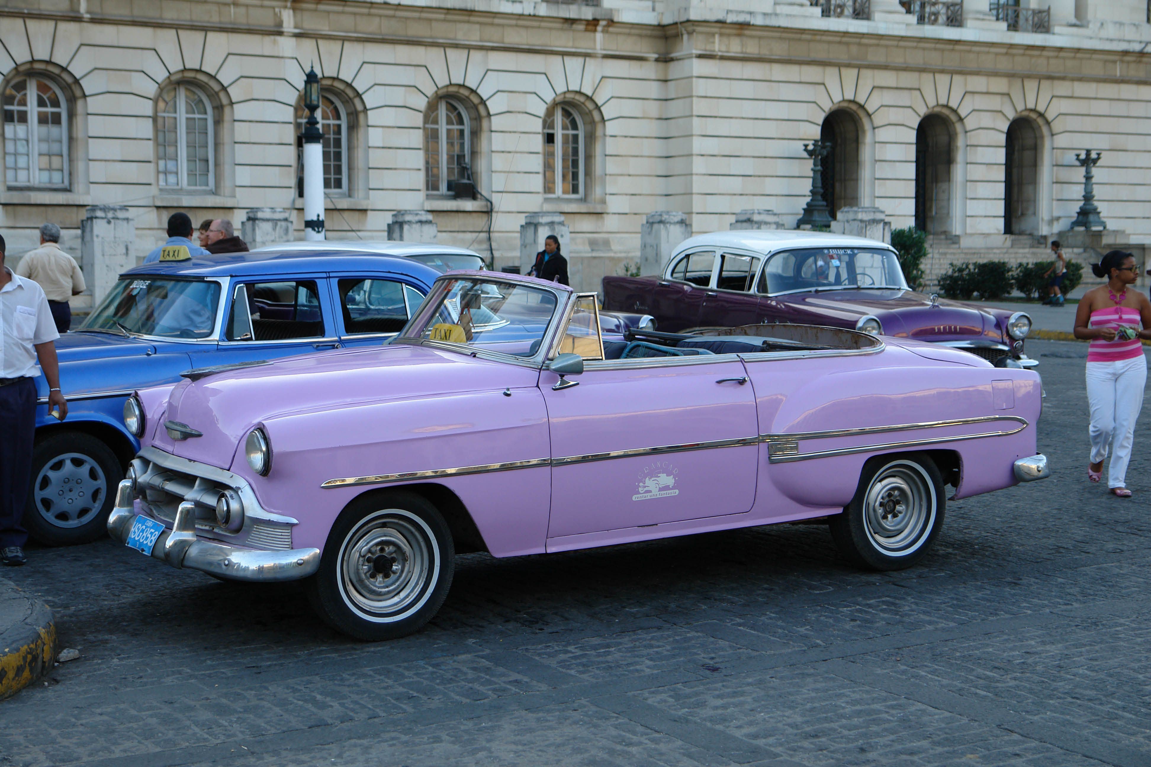 vintage purple car | ... - Blog - Havana: World\'s Largest Living ...