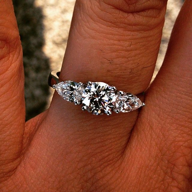 pear & round engagement ring