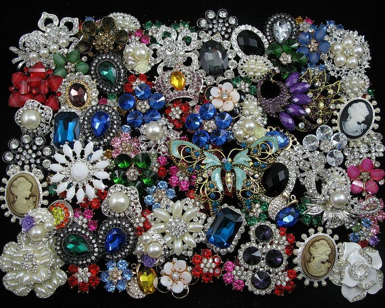 Mixed Lot 100 Crystal Rhinestone Brooch Pin Button Decor Embellishment Rhinestone Bridal Appl Mixed Lot 100 Crystal Rhinestone Brooch Pin Button Decor Embellishment Rhine...