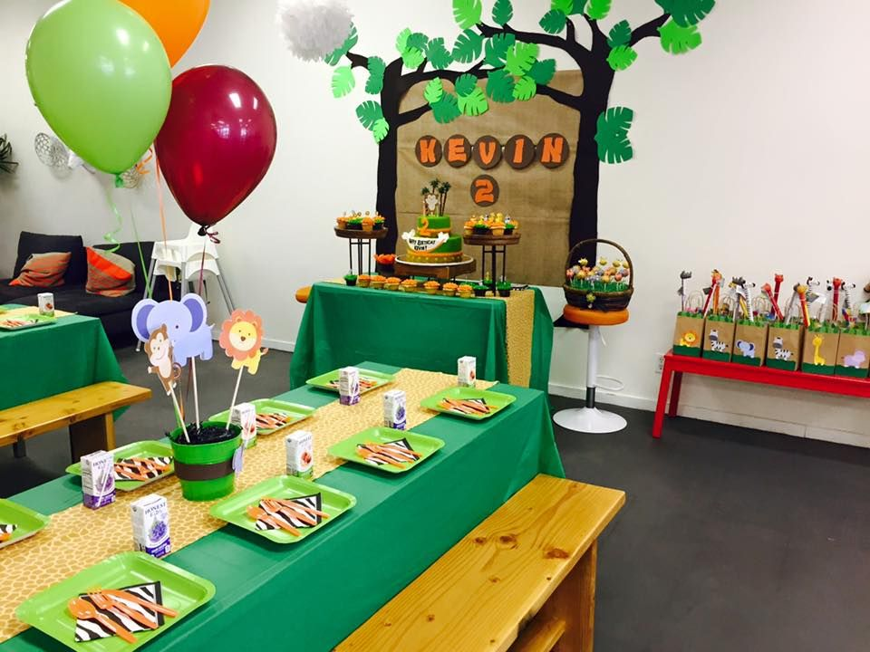 Jungle themed birthday party with DIY decorations goodie bags