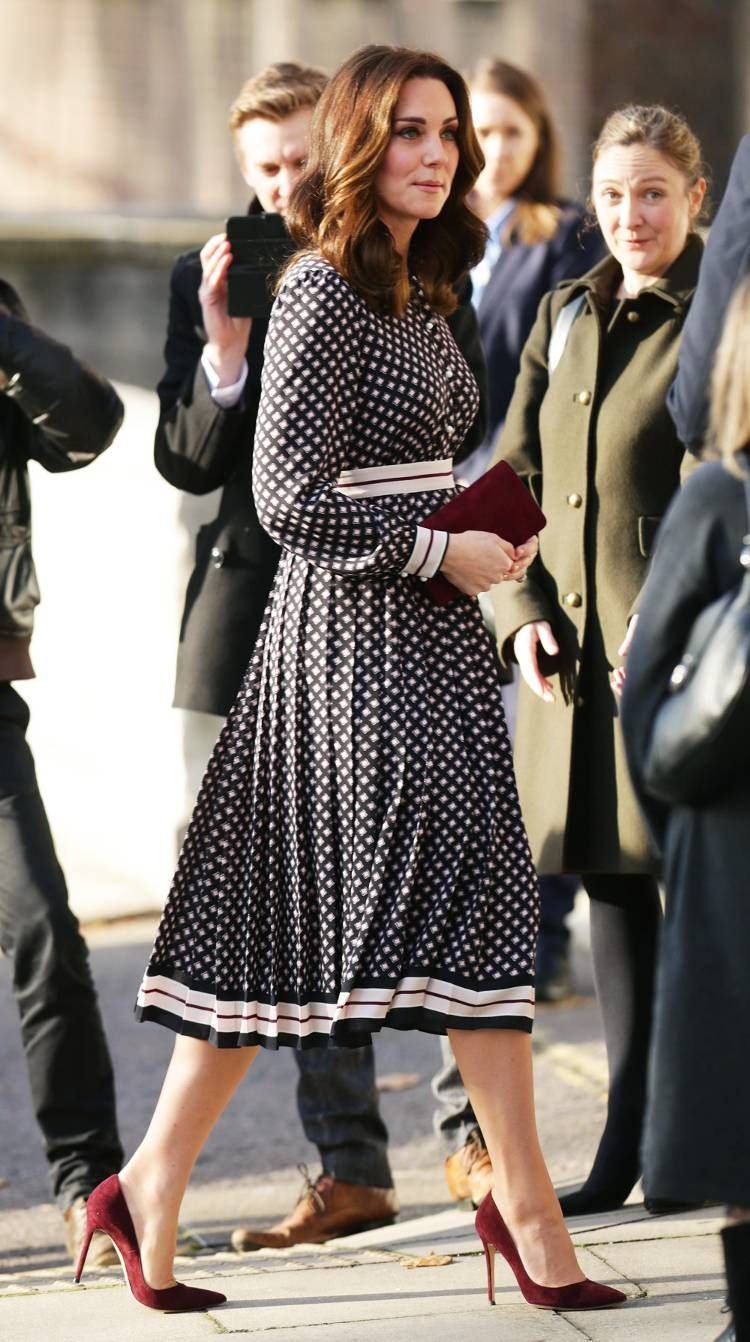 e82a9d63a Kate Middleton's Style: Her Most Fashionable Outfits | Who What Wear UK