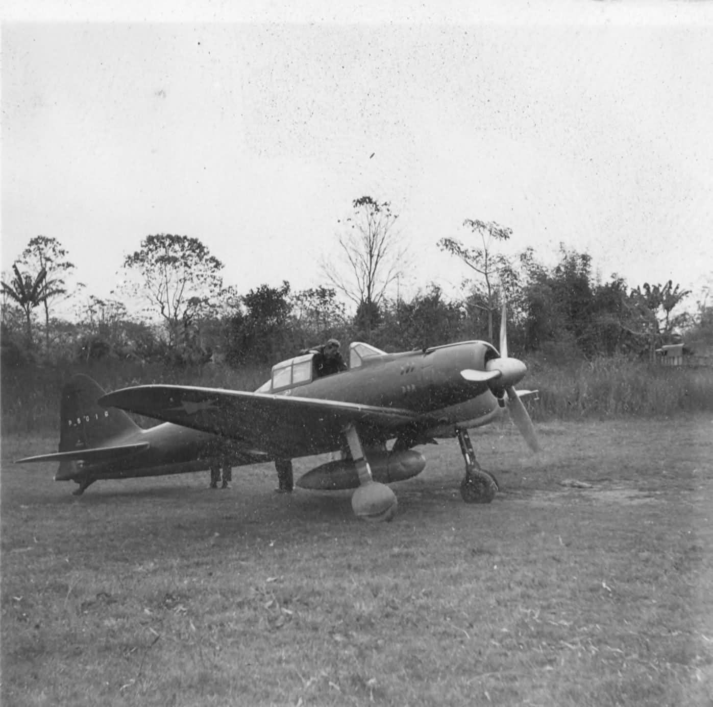 Captured A6M2 Zero P5016