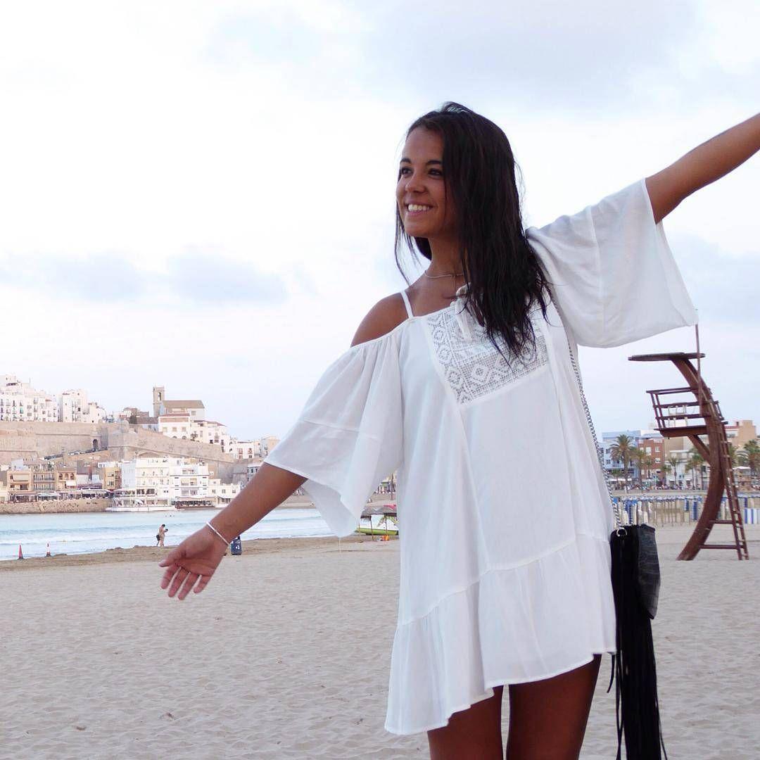 """""""Preciosa @tedy_teresa con vestido de #pullandbear  Gracias por la foto, esperamos muchas más"""""""
